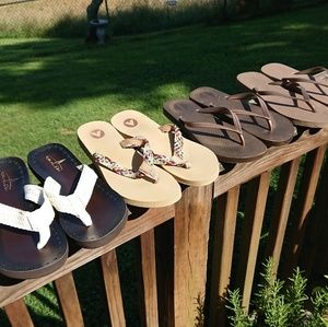 Lot of Four Pairs of Flip Flops